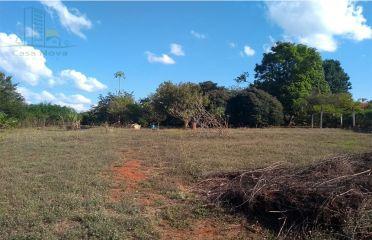 Cód 060- Terreno - Condomínio Luciana