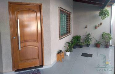 Cód . 027- Casa -Santa Luzia