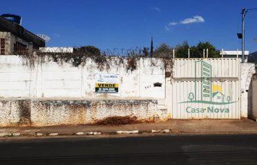 Cód . 105- Terreno - Centro