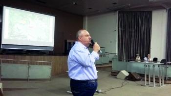 O arquiteto Ivan Vasconcelos, autor do projeto.