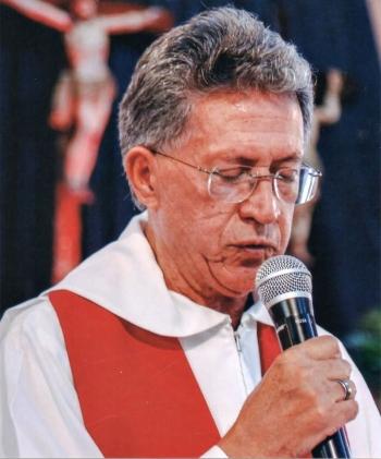 Padre Nelson Fernandes de Oliveira