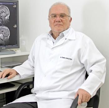 Dr. Flamínio Salum dos Reis, coordenador do Serviço de Diagnóstico por Imagem da Santa Casa