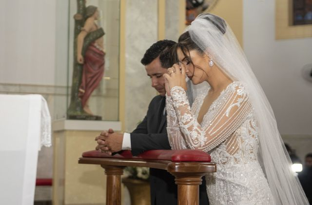 Davi José Reis Vilela e Izabela Gonçalves Santos