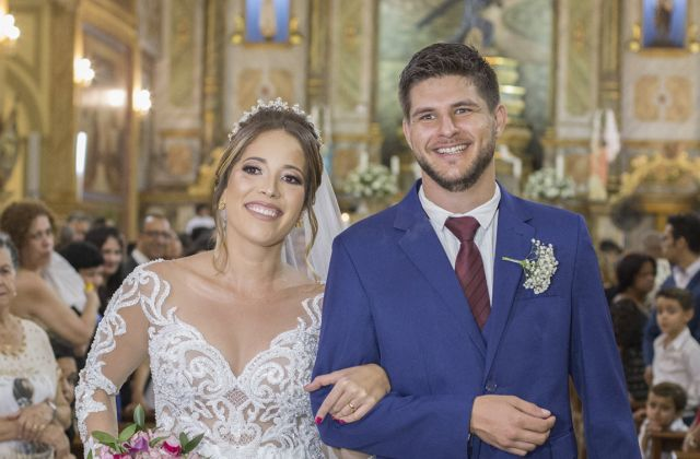 Vagner Ricardo Maimone e Isabela Maria Moraes