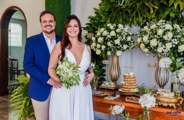 Ronaldo Francklin Junior e Lívia Mendes Santos