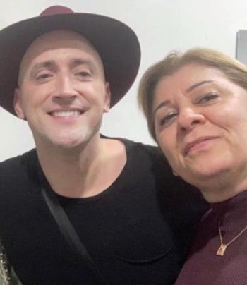 Foto: Jackeline esteve na �ltima vez que Paulo Gustavo se apresentou na capital mineira com o espet�culo ?O Filho da M�e?, em maio de 2019, no extinto KM de Vantagens Hall.