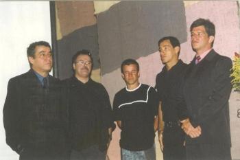 �ngelo homenageou Gabriel Villela no Festival de Teatro Escolar, os atores vieram prestigiar Gabriel.