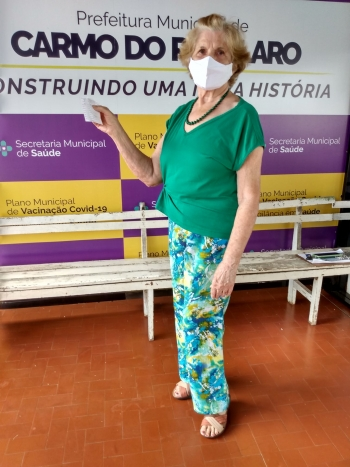 Clarice Vieira D Avila vacinou ontem(30), j� com a 2 dose.