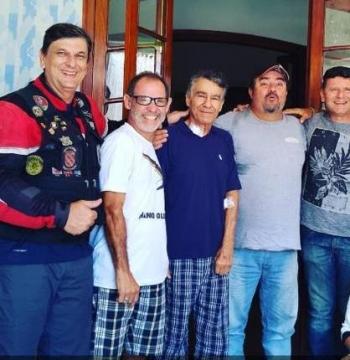 Os pioneiros do voo livre visitaram Angelo em 2019.